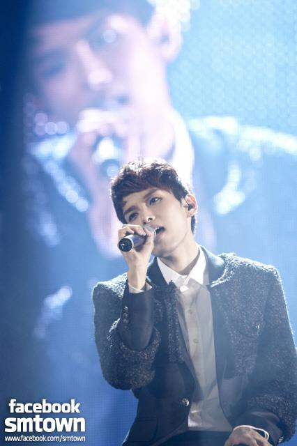 [SUPER SHOW4] Ryeowook's sweet voice [FACEBOOK SMTOWN STAFF]