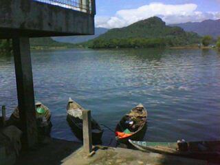 Perahu nelayan di Waduk Malahayu